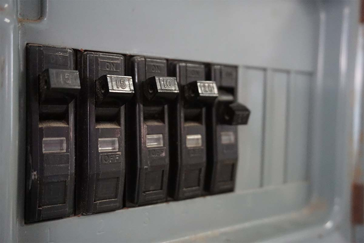 close-up-image-of-a-circuit-breaker