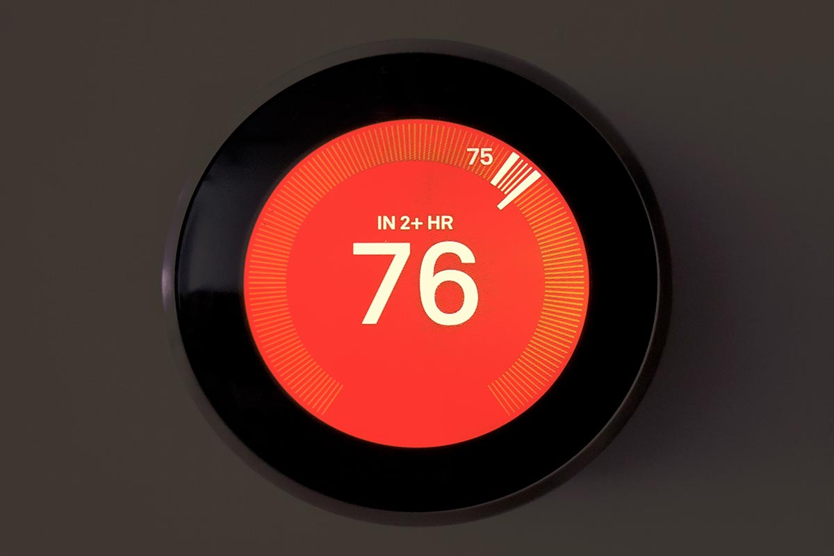Close-up-view-of-round-smart-thermostat