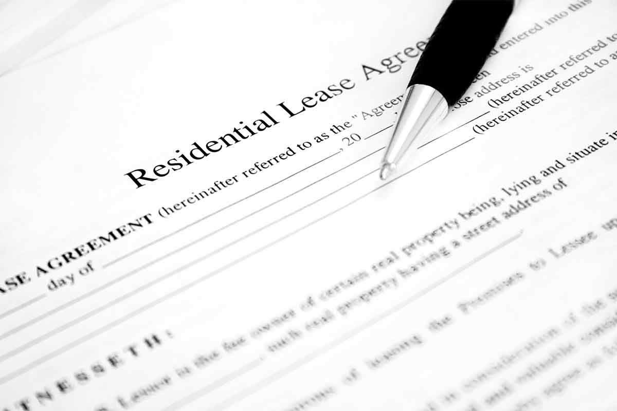 lease agreement with pen