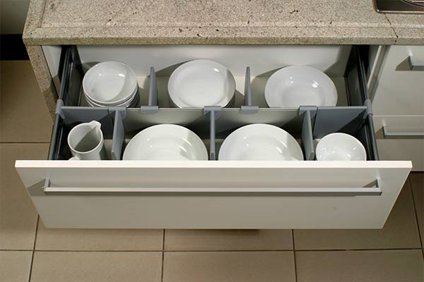 kitchen drawer with dividers for plates and bowls