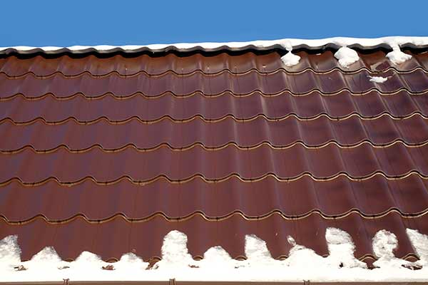 roof with melting snow