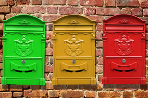different colored mailboxes
