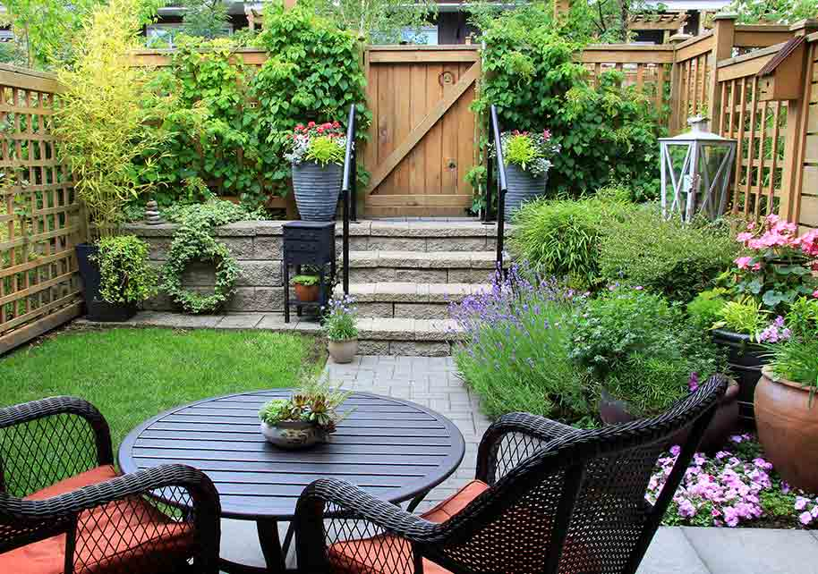 Gardening And Landscaping Design Ideas For Small Backyards