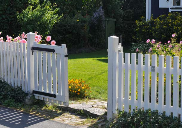 Keep Intruders Out With Fence Gates Best Pick Reports