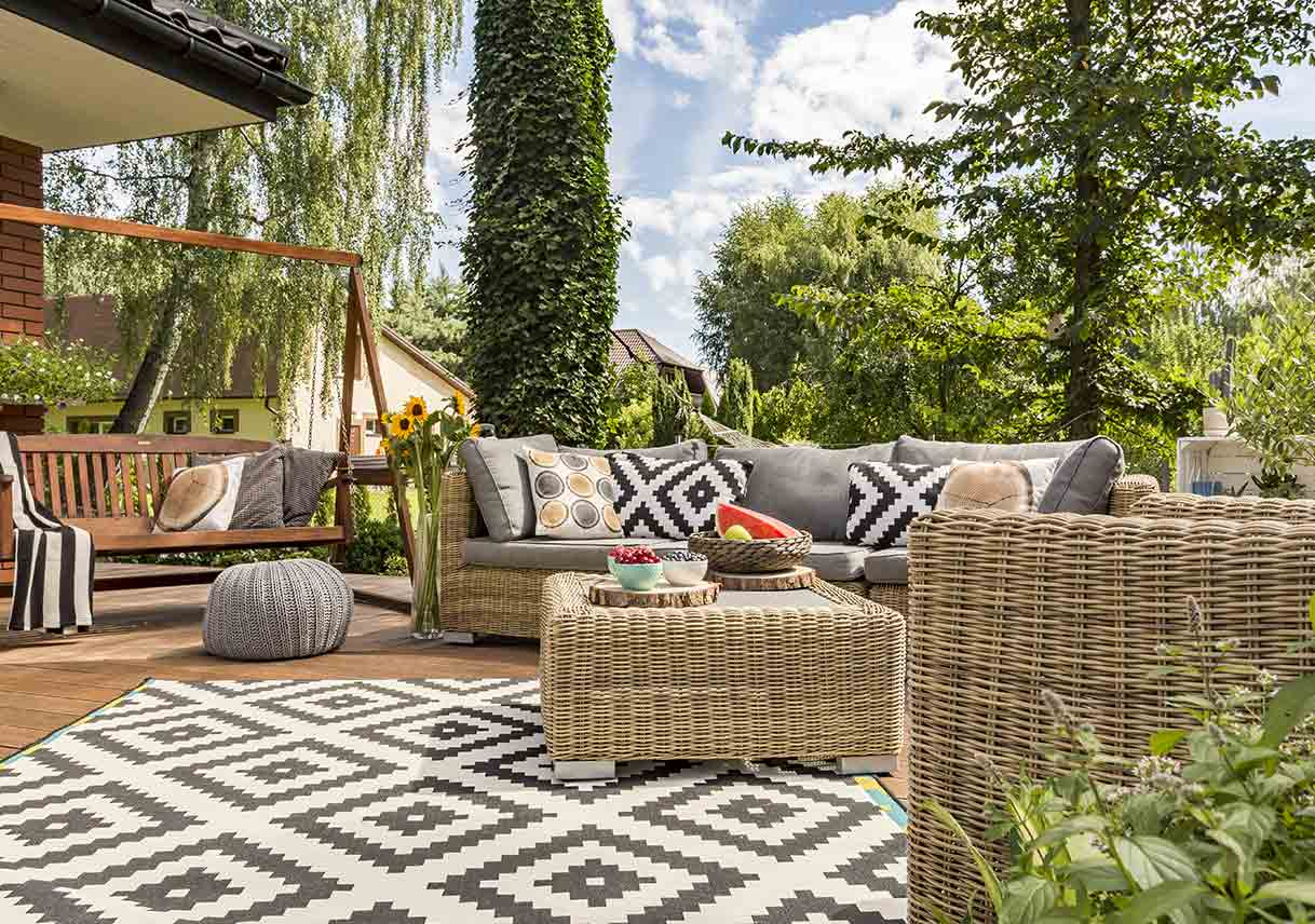 Etonnant Decorating Essentials For A Cozy Patio