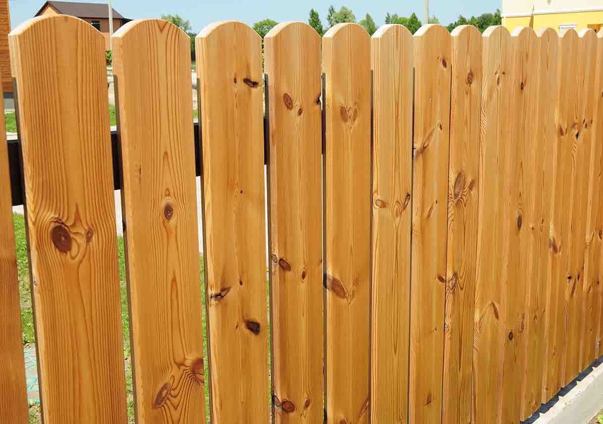 6 Common Fence Problems | Best Pick Reports