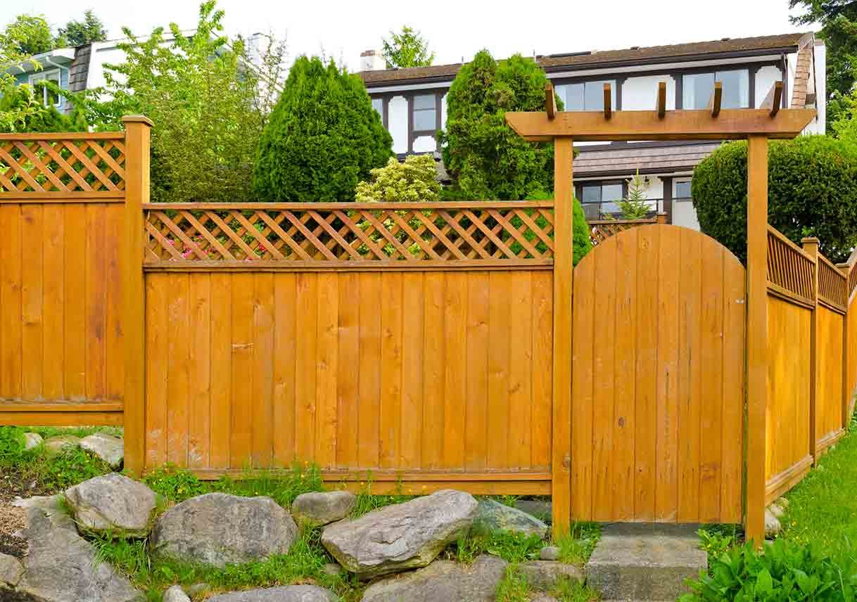 Deciding Which Type Of Wood Fencing Is Best For Your Needs