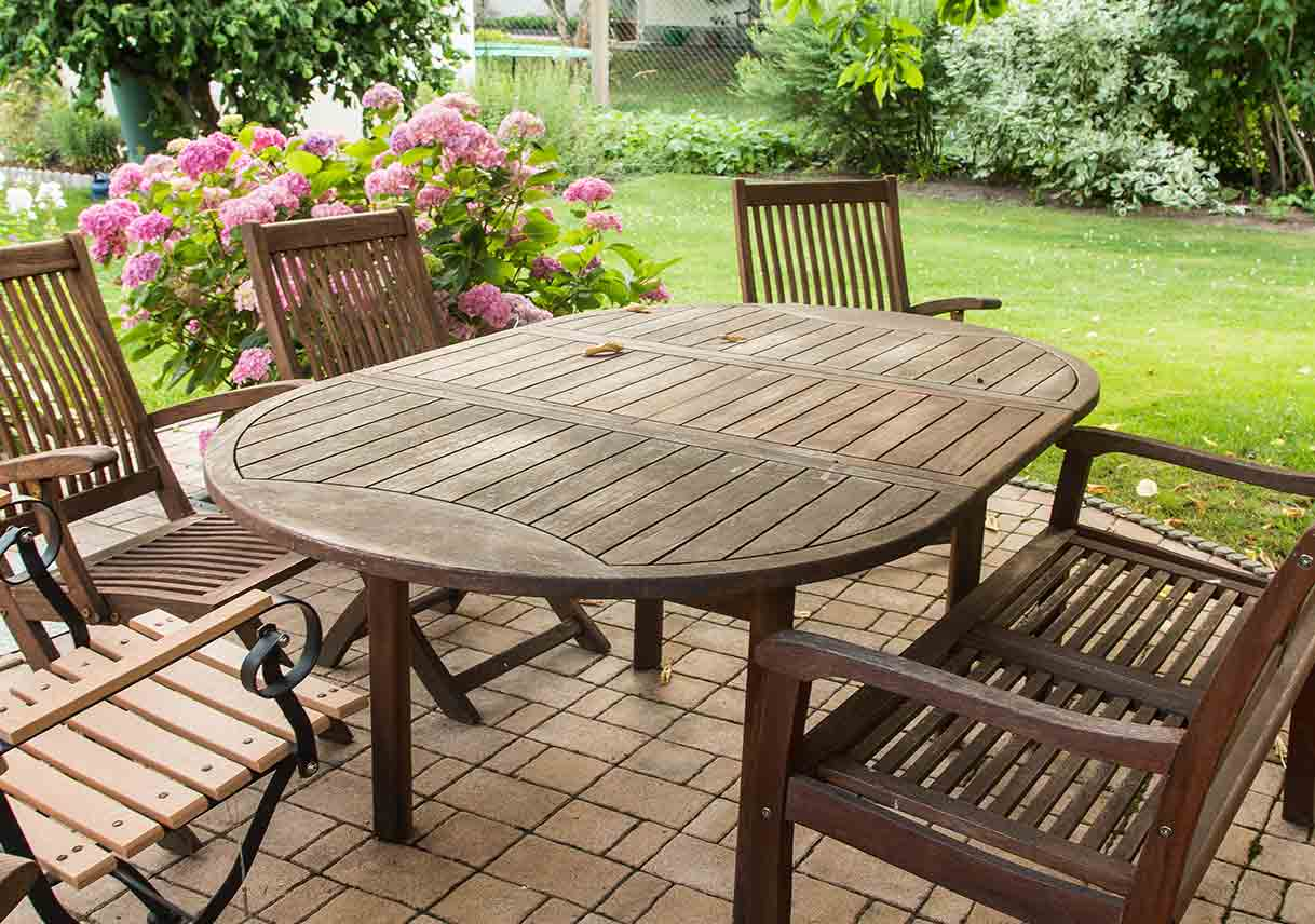 wooden outdoor furniture painted. How To Paint Outdoor Furniture Wooden Painted